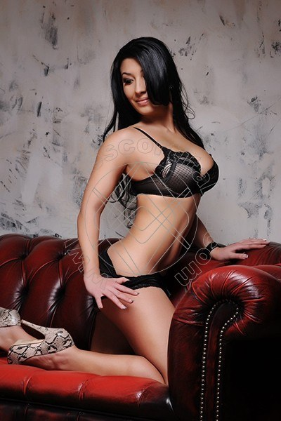 Lorena Novita' LIVORNO 3297846014