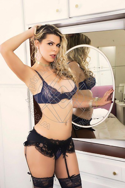Melanie Hickman ROMA 3246988878